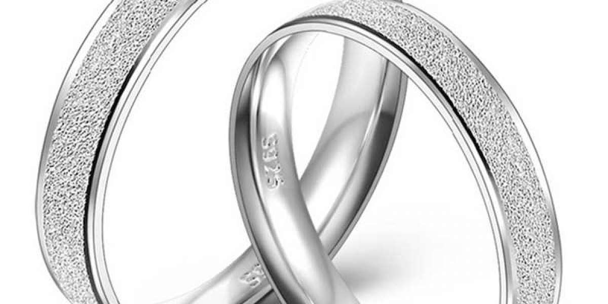 Husband and his woman friend share Wedding band