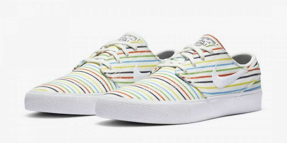 Do you like the Nike SB Zoom Stefan Janoski Canvas RM Premium AQ7878-100 shoes